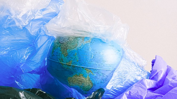 国际无塑料袋日:及时警惕,白色污染。